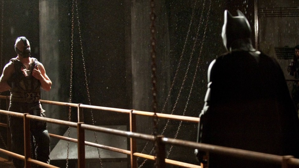 the_dark_knight_rises_railing_movie_stills_1920x1080_29479[1]