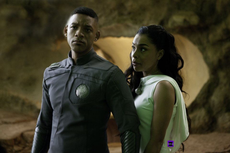 file_176729_2_After-Earth-Will-Smith-and-Sophie-Okonedo-2[1]