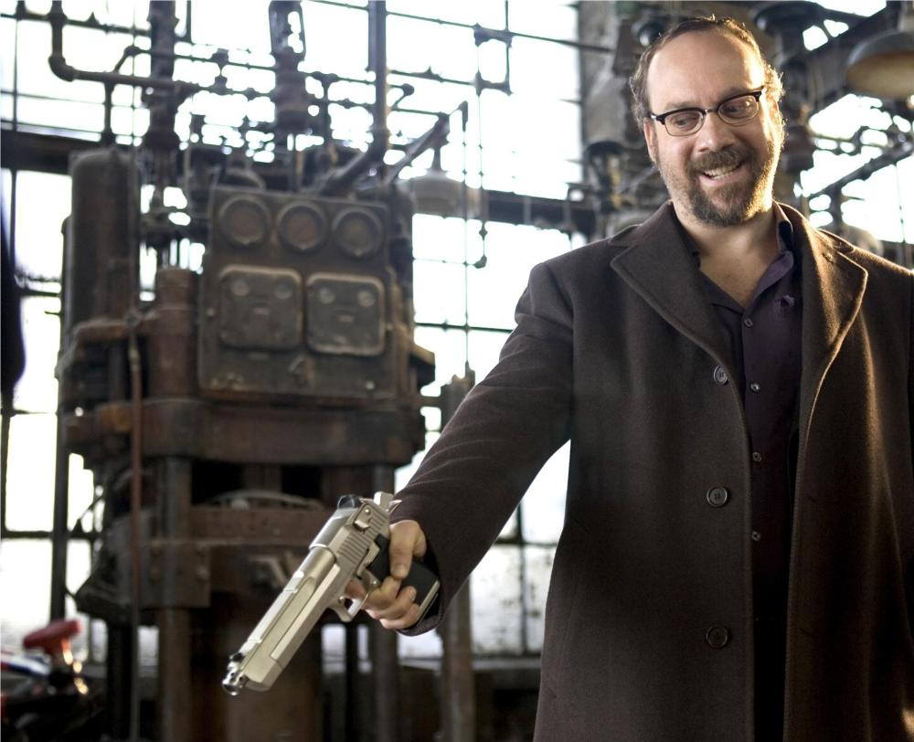 still-of-paul-giamatti-in-shoot-em-up-(2007)-large-picture[1]