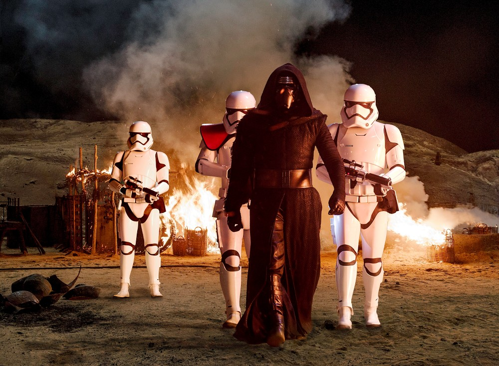 Star Wars: The Force Awakens..Kylo Ren (Adam Driver) with Stormtroopers..Ph: David James..©Lucasfilm 2015