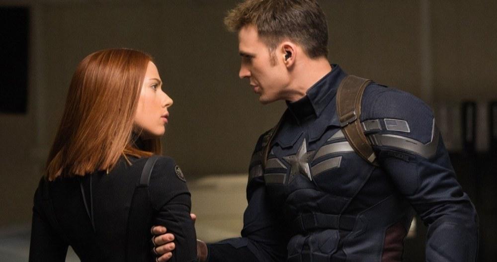 """Marvel's Captain America: The Winter Soldier"" L to R: Black Widow/Natasha Romanoff (Scarlett Johansson) & Captain America/Steve Rogers (Chris Evans) Ph: Zade Rosenthal © 2014 Marvel. All Rights Reserved."