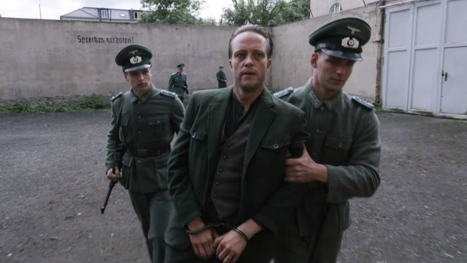 trailer-for-director-terrence-malicks-wwii-drama-a-hidden-life-social[1]