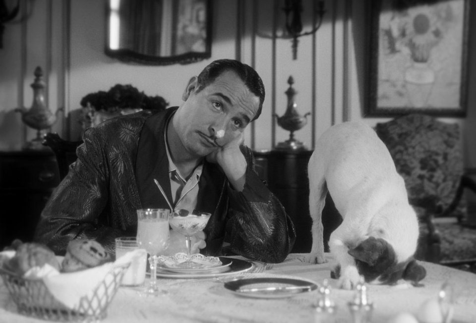 jean-dujardin-and-uggie-the-dog-stars-of-the-artist-2011[1]