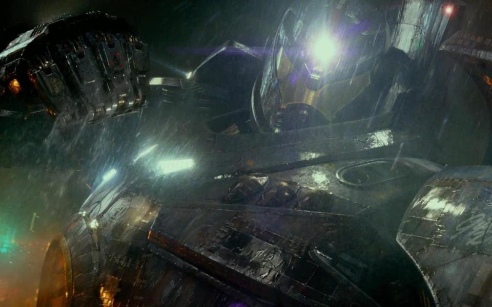 Pacific-Rim-movie-review1